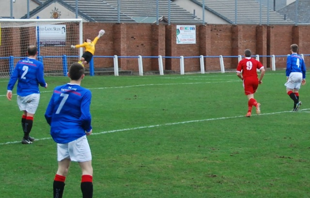 Graeme Shepherd pulls off another fine save