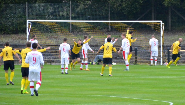 Kilbirnie celebrate the opener
