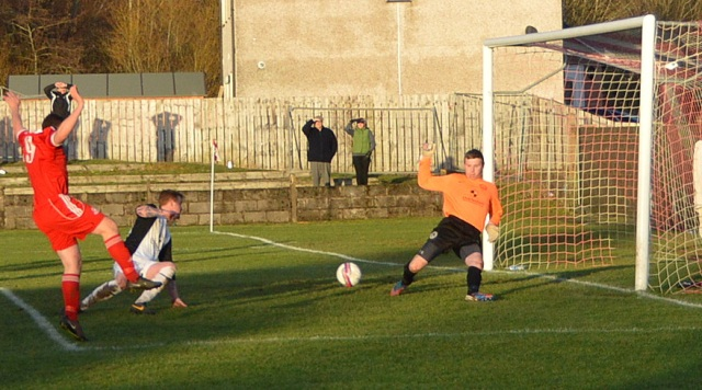 Ally Semple saves from Alain Kinney