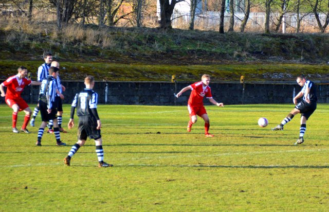 Darren Christie volleys home the equaliser