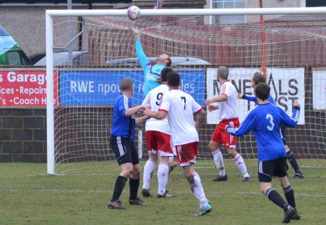 David Buchanan saves from David Gillies