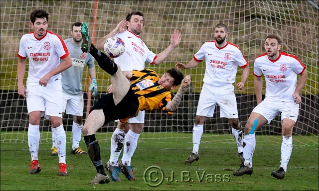 Glens defend a Largs corner